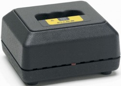 Fluke BC7217 Battery Charger - Nimh-